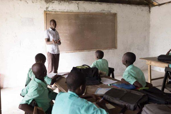 Unterricht in der Grundschule von Maloko