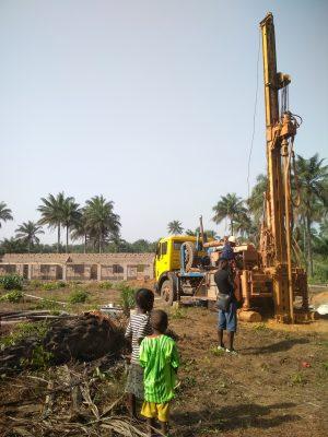 Neuer Brunnen für unser Schulungszentrum in Mathen