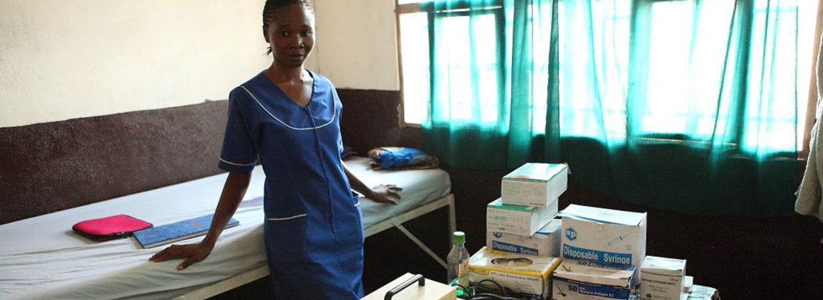 Krankenschwester im Krankenhaus Kalangba