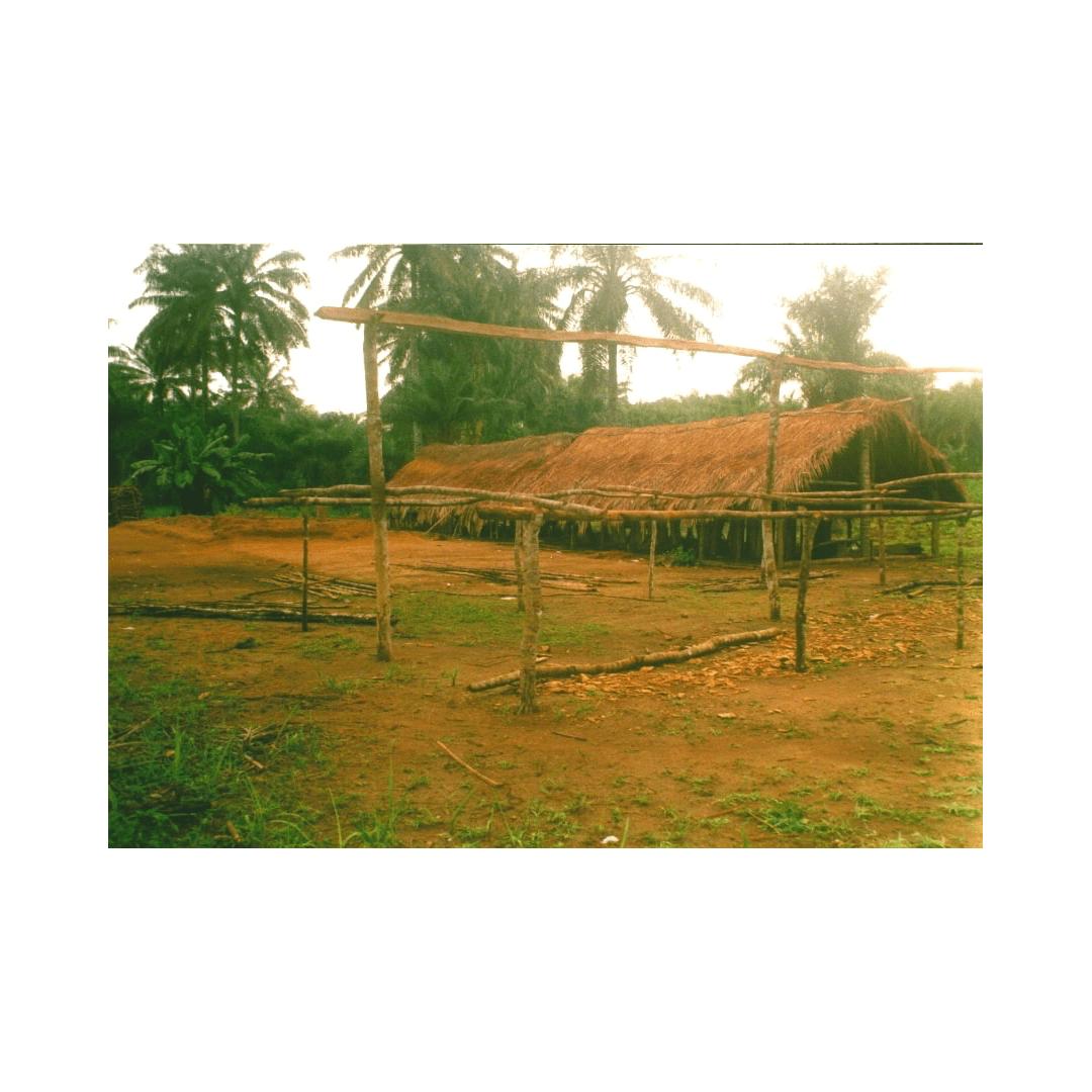 alte Schule in Forikolo 2002