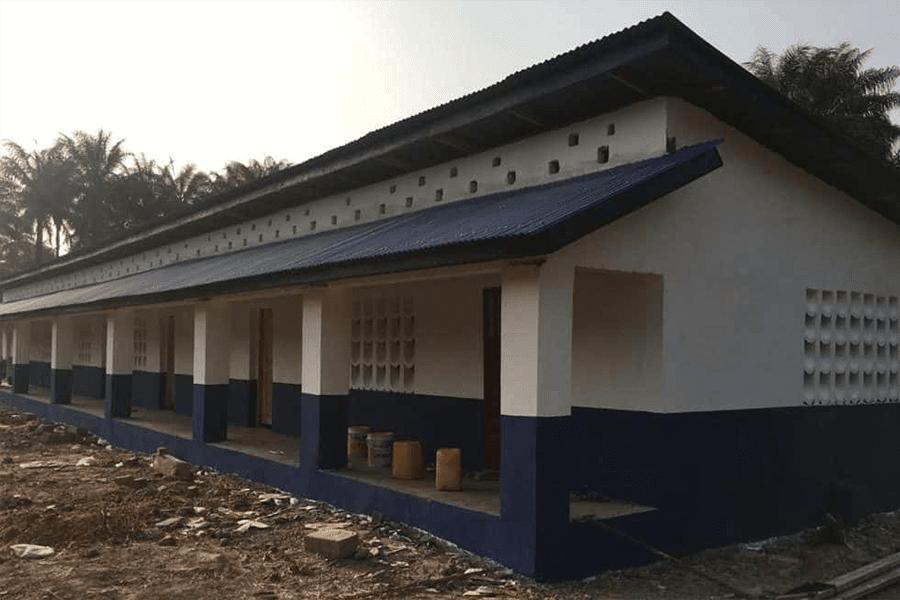 Unser neues Schulzentrum in Mathen steht in den letzten Zügen der Fertigstellung.