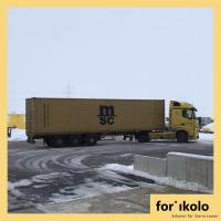 Ein großer Container voller Hilfsgüter für Sierra Leone geht auf die Reise.
