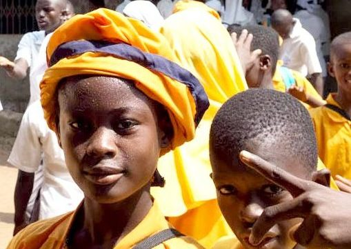 Schüler der Gemeinde Tintafor, Foto: Thomas Puschmann