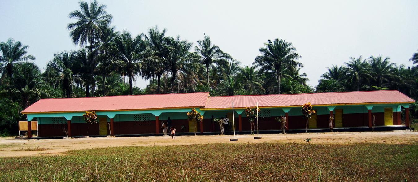 2006: Die 1. Schule in Forikolo